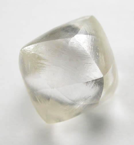 Алмаз кристалл гексаэдроид