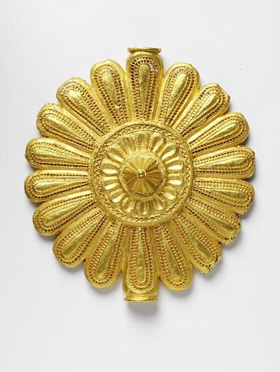 Фото 11. Нагрудный диск. Ашанти. 19 век