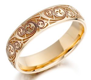 Обручальное кольцо в кельтском стиле
