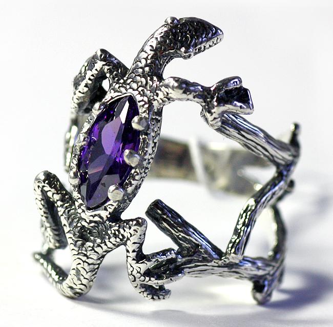 Кольцо-ящерка