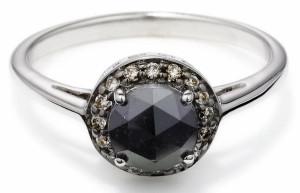 помолвочное кольцо с черным бриллиантом