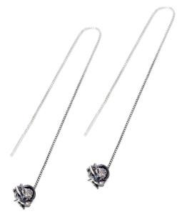 Серьги-протяжки серебряные с декоративным элементом