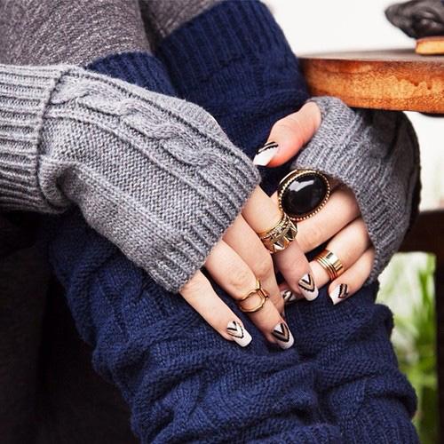Кольца с митенками (источник dailylook.tumblr.com)