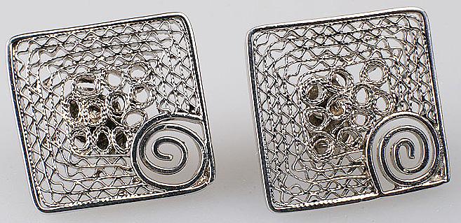 Эквадорские серьги-гвоздики из серебряной филиграни