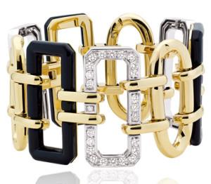 Шанель-Baroque-браслет-манжета-белое-и-желтое-золото-ониксы-и-бриллианты---chanel.com