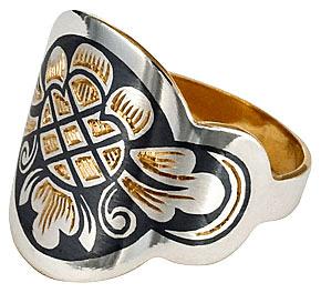 Кольцо серебряное с чернением и золочением Северная чернь - sevchern.ru