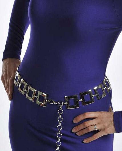 Цепочки на тело (талию, плечи, ноги) – провокационно и модно 9