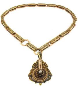 Колье с кулоном-медальоном в средневековом стиле в технике зерни - beladora.com