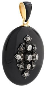 Траурный кулон с черной эмалью и бриллиантами, 19 век, beladora.com