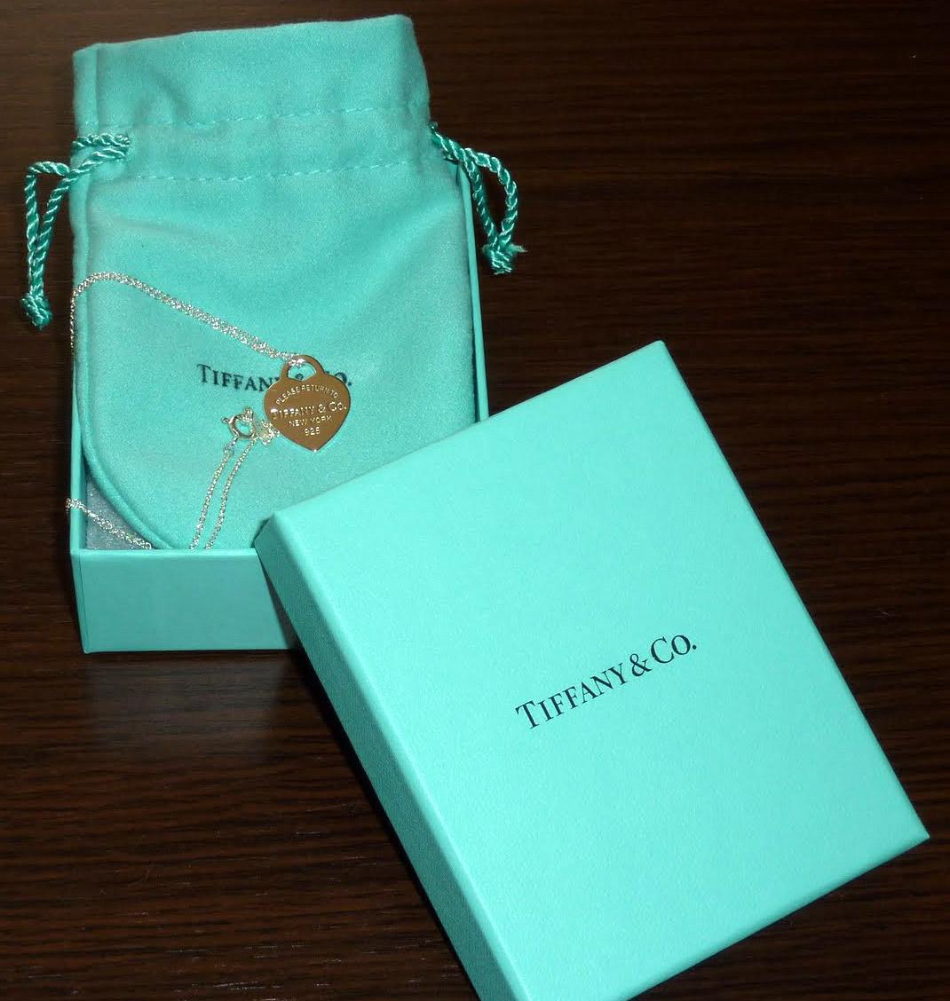В продолжении темы свадьбы в цвете тиффани покажу коробочки для денег - сделала две на выбор для подруги невесты