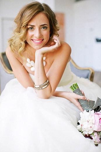 Свадебное колье - фото milouandolin.com
