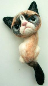Брошь-анимализм-grumpy cat---etry.com