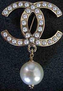 Брошь-логотип-Шанель--kamencvet.kz