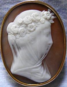 Камея-брошь---Невеста---1860----antiquecameos.net