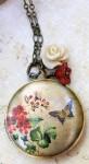 Медальон-с-цветочными-мотивами---etsy.com