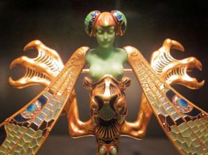 Рене-Лалик - фрагмент броши Стрекоза--artjewelryelements.blogspot.com