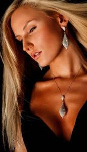 Бриллиантовый комплект с подвеской_jewelleryistanbul.com