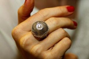 Кольцо-и-серьги-Золотые-узоры