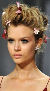 Брошь для волос Zac-Posen---womens-world.ru