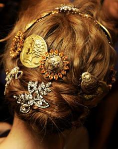 Брошь для волос dolce-gabbana--2014-glamofon.ru
