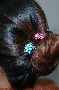 Декоративные шпильки в волосах - longhairgirl.com