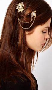 Брошь в распущенных волосах - plumpparsnip.blogspot.com