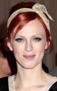 Повязка для волос - glamourmagazine.co.uk