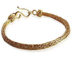 Золотой браслет, House of Rishavy