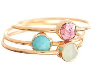 Золотое кольцо с камнями, Ariel Gordon