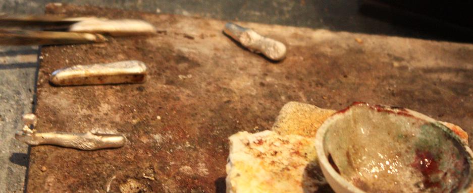 Плавка серебра, фото: ЮВЕЛИРУМ