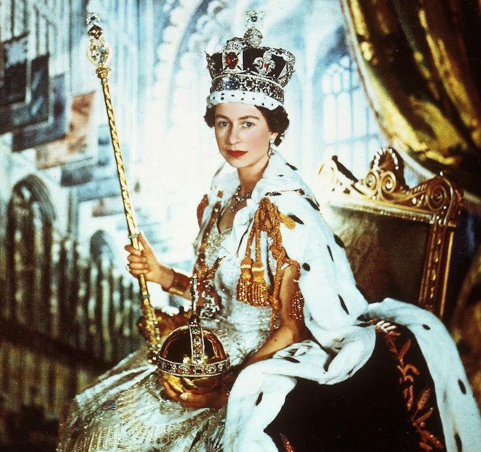 Королева Елизавета II в день коронации. 1953 г.