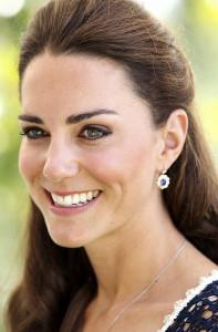 Фото: royaltyandhollywoodjewelry.com