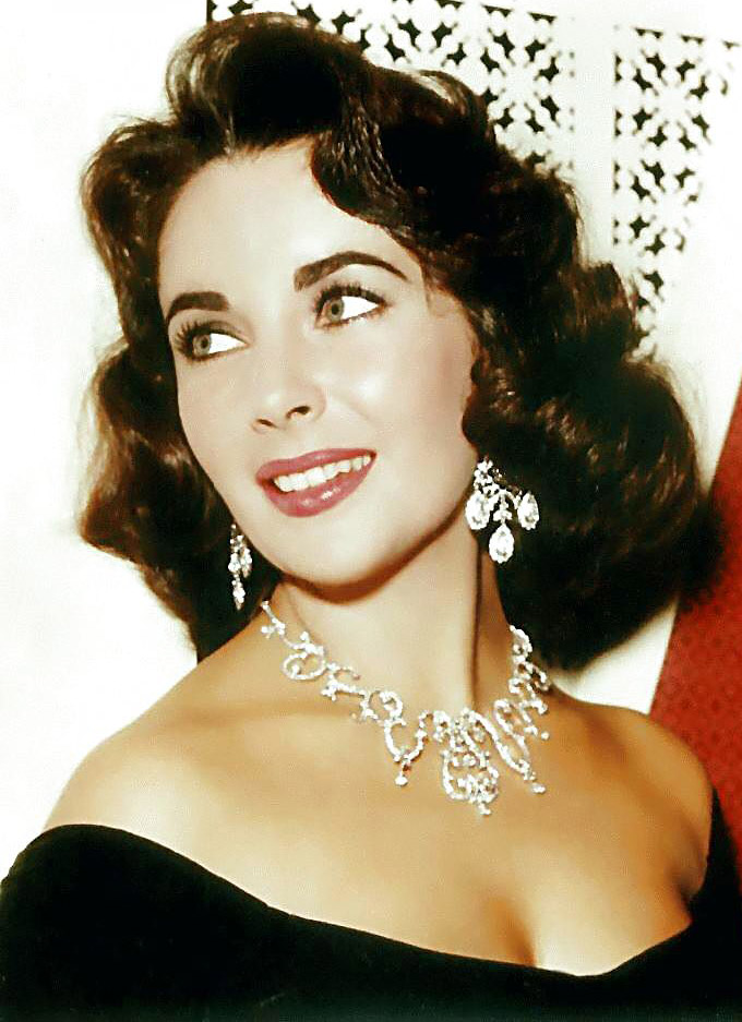Elizabeth-Taylor-в-серьгах-Kenneth-Lane---blog.thomaslaine.com