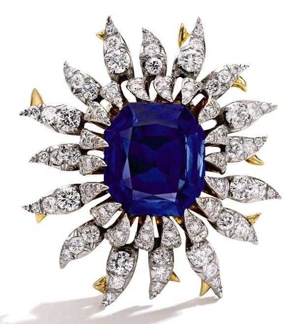 Брошь с сапфиром и бриллиантами, фото Sotheby's