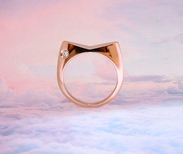Обручальное кольцо Maneki Neko от Stellar Jewellery